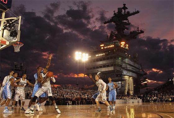 USS Carl Vinson.jpg